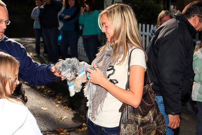 HALLOWEEN DOG PARADE 2009-36