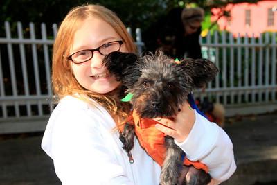 HALLOWEEN DOG PARADE 2009-19