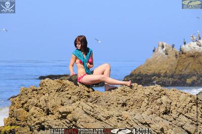 rock_climbing_malibu_swimsuit 1360.0345