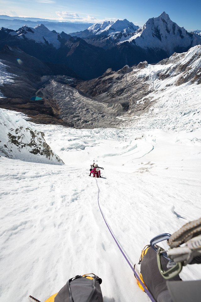 Climbing the Huandoy East access couloir