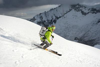 Mark Smiley skiing Pisco
