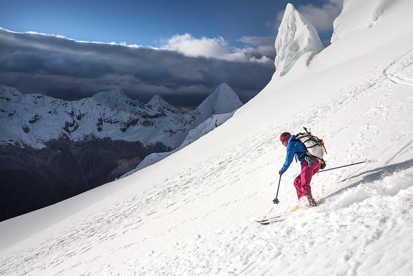Janelle skiing Pisco