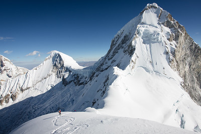 Skiing Huandoy East, with North and South in the background