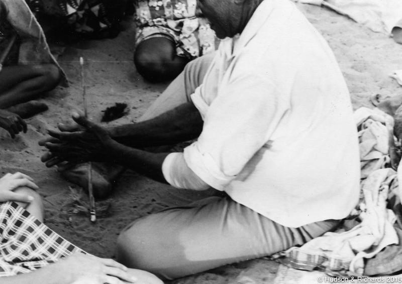 Tirrpajanurra  (Bertie Williams) making fire with Kungkala (firesticks) 1, 1070