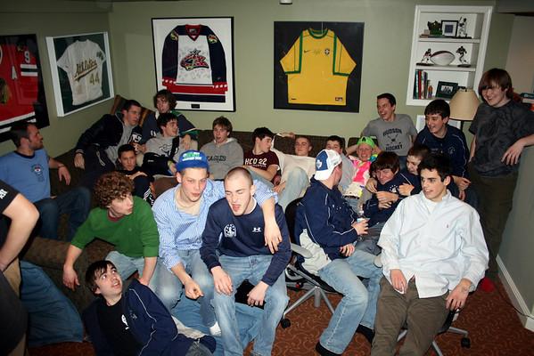 Hudson Hockey JV and Varsity Pasta Dinner @ Mussays (Feb. 2009)
