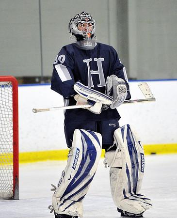 KEN HHS Hockey vs Holy Name 1-9-2011