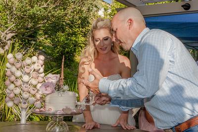 Cake cutting-6995-4428