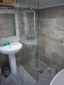 bathroom tiling and plumbing 2