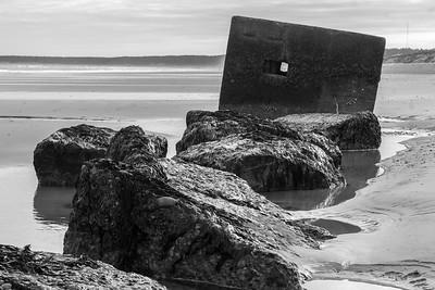 Pillbox and blocks, Burghead Bay
