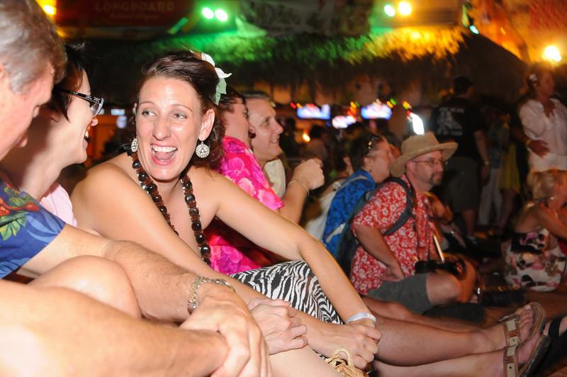 Hukilau_2011_Thursday_KickOff_Party-184