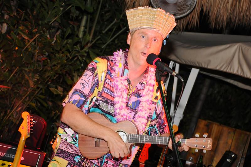 Hukilau_2011_Thursday_KickOff_Party-150