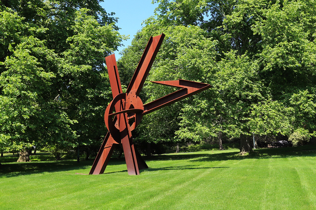 "Mark di""Suvero sculpture, Bridgehampton (C) 2013"