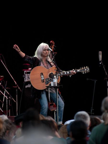 Emmylou In Concert