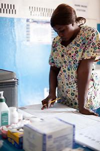 2017_01_20-KTW_WP_Khadija_PHU_JennerWrightClinic_Freetown050