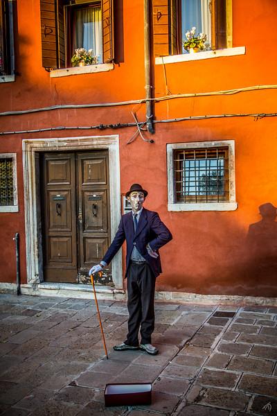 Venice Street Performer