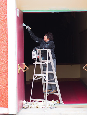 A fellow photographer, she and I had a good chat. She's painting the Capitol Theatre....lookin' good!