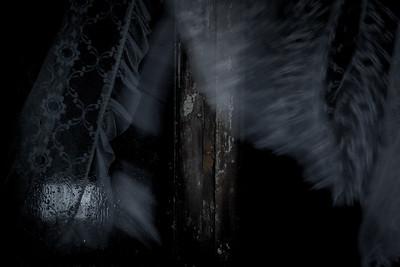 Flickering in the dark
