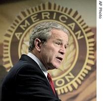 ap_George_Bush_Terror_Iraq_24feb06_210