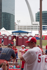 """R&R"" at the 2009 MLB All Star Game ""Red Carpet Show"" parade of players near Busch Stadium and the Gateway Arch, St. Louis, MO"