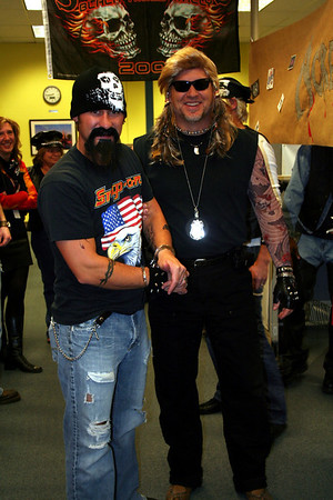 """On No! """"Dog the Bounty Hunter"""" picked up one of his bail jumpers."""
