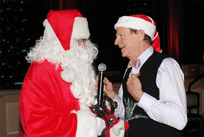 Santa Claus with Livingston Taylor.