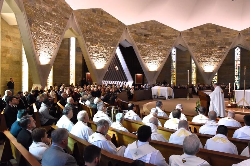 Hundreds fill the main chapel at SHSST