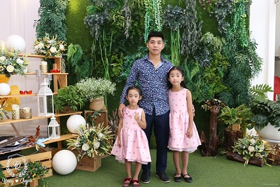 HQ-wedding-instant-print-photo-booth-in-Bao-Loc-City-Chup-anh-in-hinh-lay-lien-Tiec-cuoi-TP-Bao-Loc-WefieBox-Photobooth-Vietnam-062