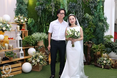 HQ-wedding-instant-print-photo-booth-in-Bao-Loc-City-Chup-anh-in-hinh-lay-lien-Tiec-cuoi-TP-Bao-Loc-WefieBox-Photobooth-Vietnam-079