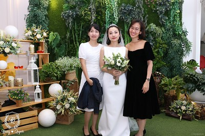 HQ-wedding-instant-print-photo-booth-in-Bao-Loc-City-Chup-anh-in-hinh-lay-lien-Tiec-cuoi-TP-Bao-Loc-WefieBox-Photobooth-Vietnam-077