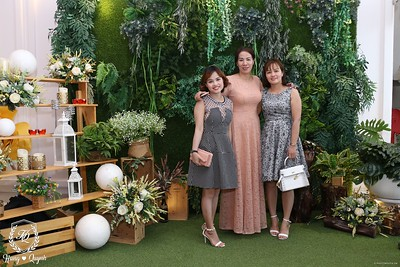 HQ-wedding-instant-print-photo-booth-in-Bao-Loc-City-Chup-anh-in-hinh-lay-lien-Tiec-cuoi-TP-Bao-Loc-WefieBox-Photobooth-Vietnam-071