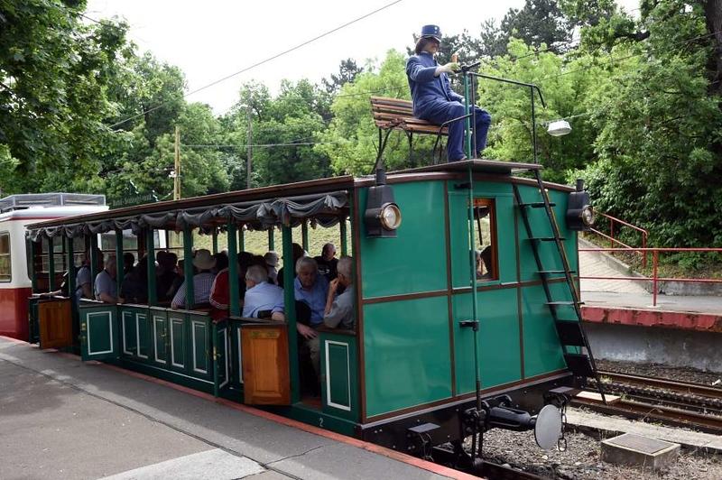Vintage trailer, Szechenyi-Hegy station, Budapest rack railway, 4 May 2018 1.