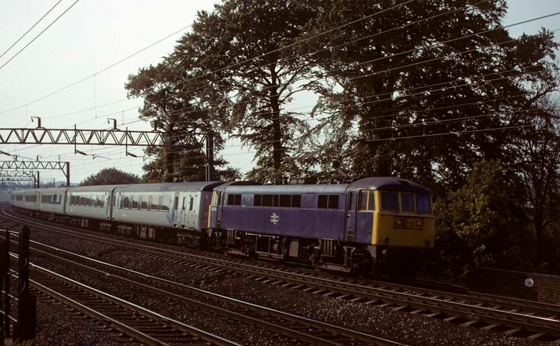 86250, near Whitehouse Junction, June 1979. The evening Pullman to Euston.  Photo by Les Tindall.