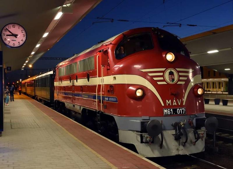 MAV M61.017, Kelenfold station, Budapest, Mon 7 May 2018 2.