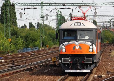 91 55 0478 002 3 outside Budapest Ferencvaros 090809 (2)