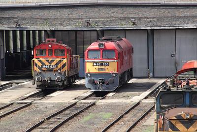 M44 438 & M62 265 Budapest Ferencvaros 090809