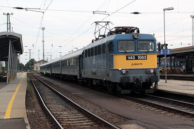 V43 1083 at Nyiregyhaza on 14th August 2009
