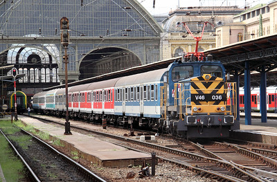 V46 036 at Budapest Keleti Pu on 9th August 2009 (2)