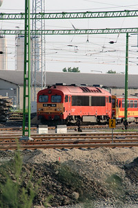 418 164 (92 55 0418 164-3 H-START) at Szekesfehervar on 9th August 2015 (1)