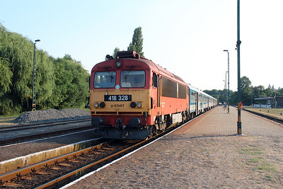 418 328 (92 55 0418 328-4 H-START) at Badacsonytomaj on 8th August 2015