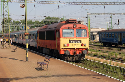 418 316 (92 55 0418 316-9 H-START) at Celldomolk on 10th August 2015 (2)