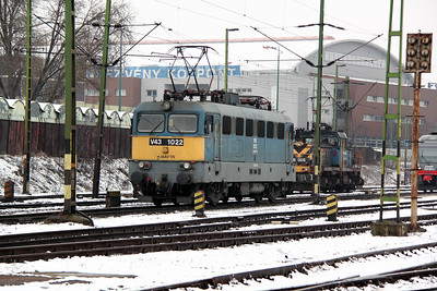 V43 1022 at Budapest Keleti Depot on 3rd March 2011