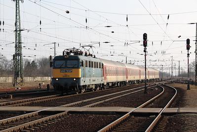 V43 1037 at Hatvan on 1st March 2011