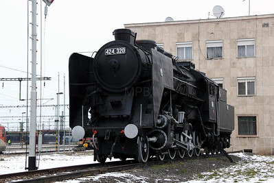 steam, 424 320 at Szolnok on 1st March 2011