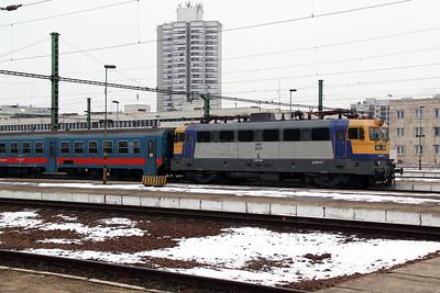 V43 2311 at Szolnok on 1st March 2011 working 3322 0815 Budapest Keleti to Szolnok