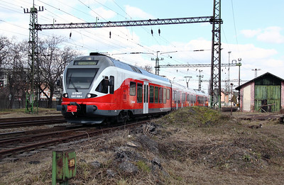 5341 059 at Pusztasabolcs on 7th March 2011 working 4222, 1101 Budapest Deli to Dunaujvaros