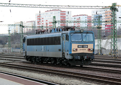 2) V63 029 at Budapest Kelenfold on 7th March 2011