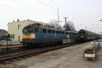 V43 1067 at Fuzesabony on 6th March 2011