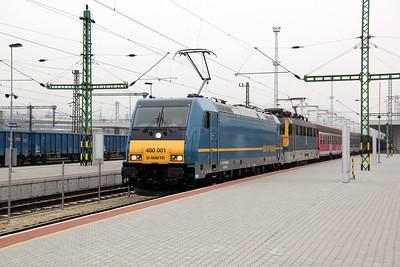 2) 480 001 & V43 3187 at Budapest Kelenfold on 28th February 2011 working 852, 0911 Budapest Deli to Keszthely.