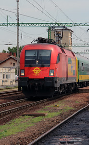GySEV, 1116 064 (91 81 1116 064-7 A-OBB) at Csorna on 30th June 2015 working IC922 (3)