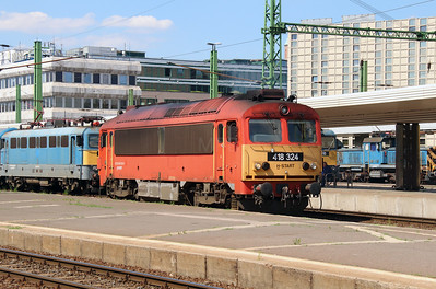 418 324 (92 55 0418 324-3 H-START) at Budapest Deli on 10th July 2015 (4)